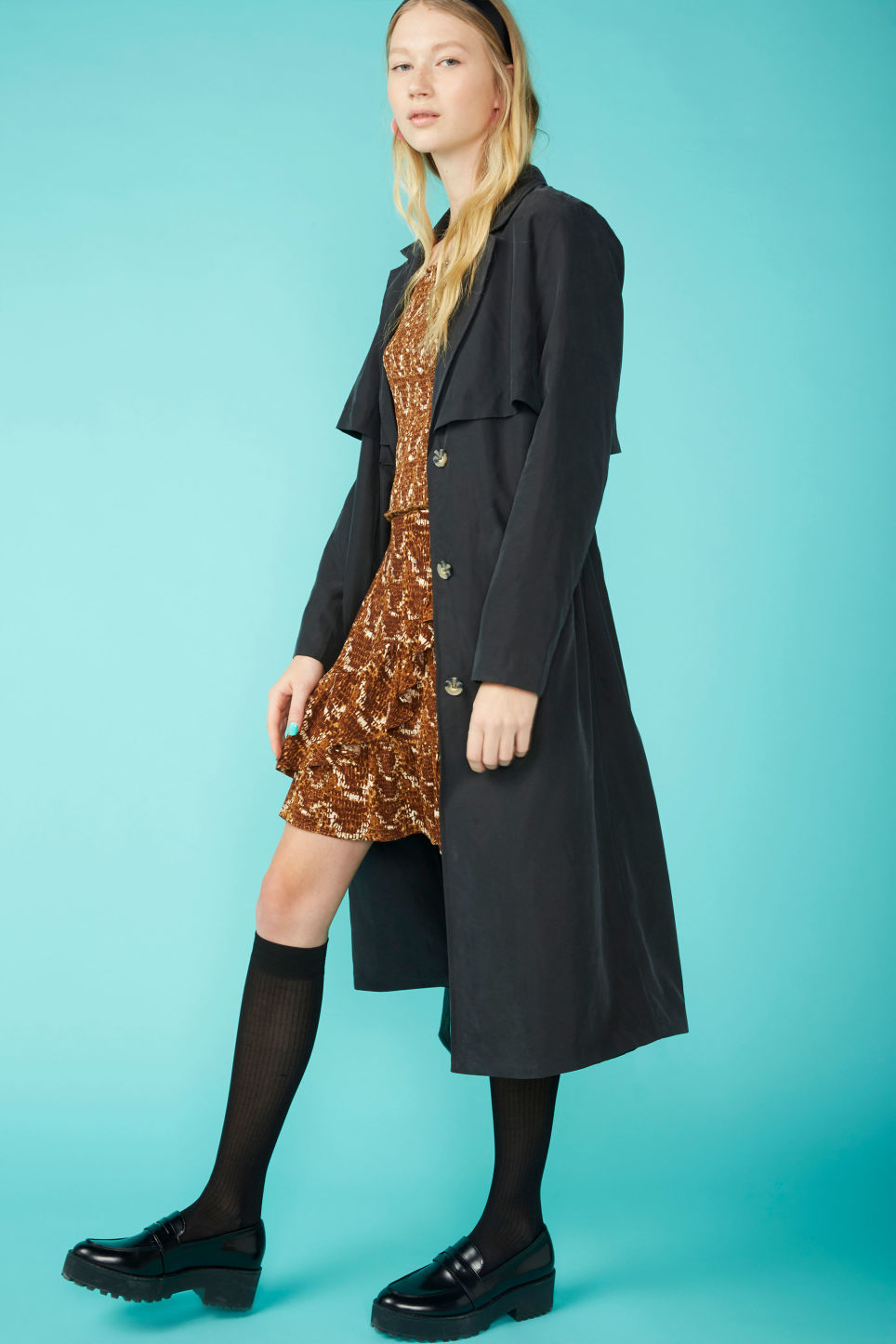Detailed image of Monki soft trench coat in black