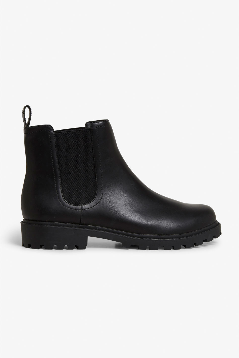 Detailed image of Monki chunky chelsea boots in black