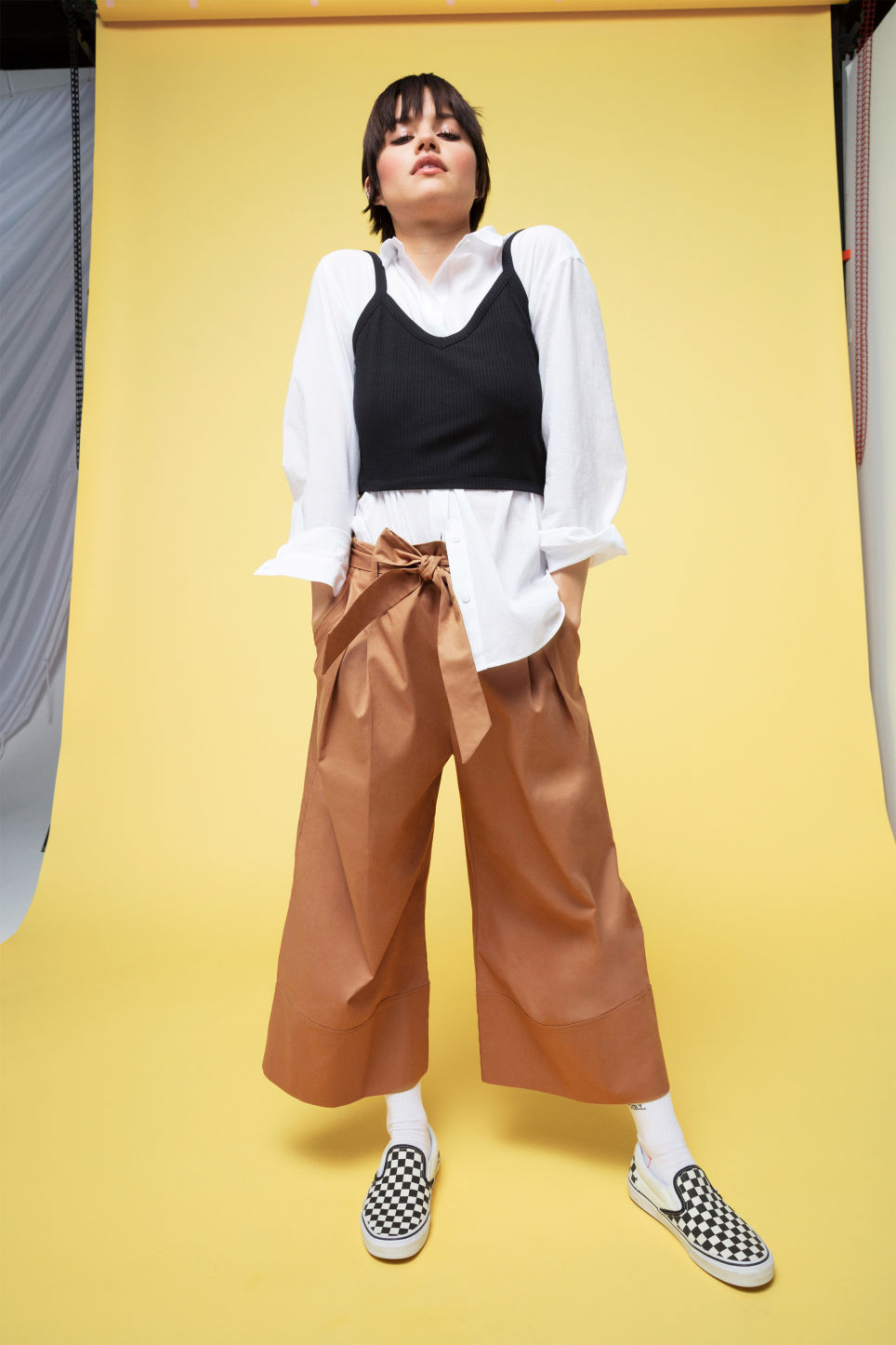 Detailed image of Monki culottes with paper bag waist in beige