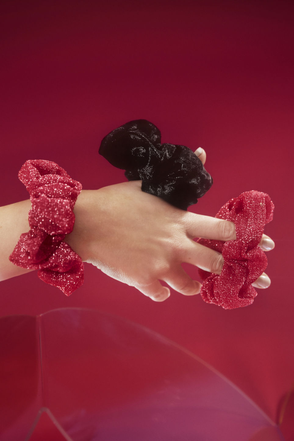 Detailed image of Monki pack of two scrunchies in pink