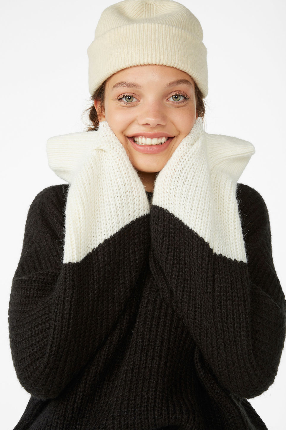 Detailed image of Monki soft ribbed beanie in beige
