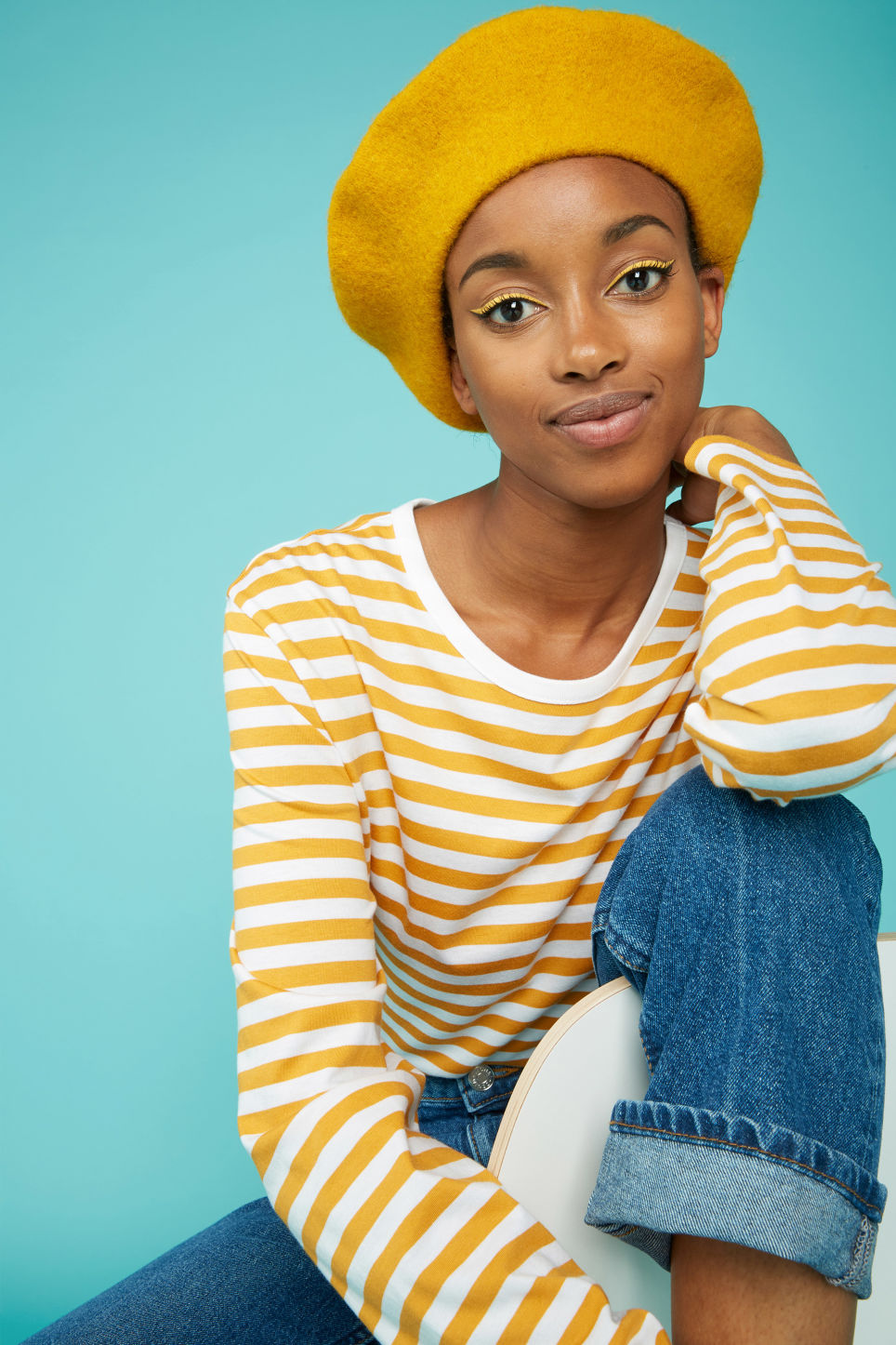 Detailed image of Monki classic beret in yellow