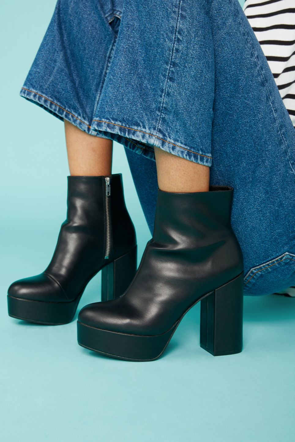 Detailed image of Monki patent platform boots in black