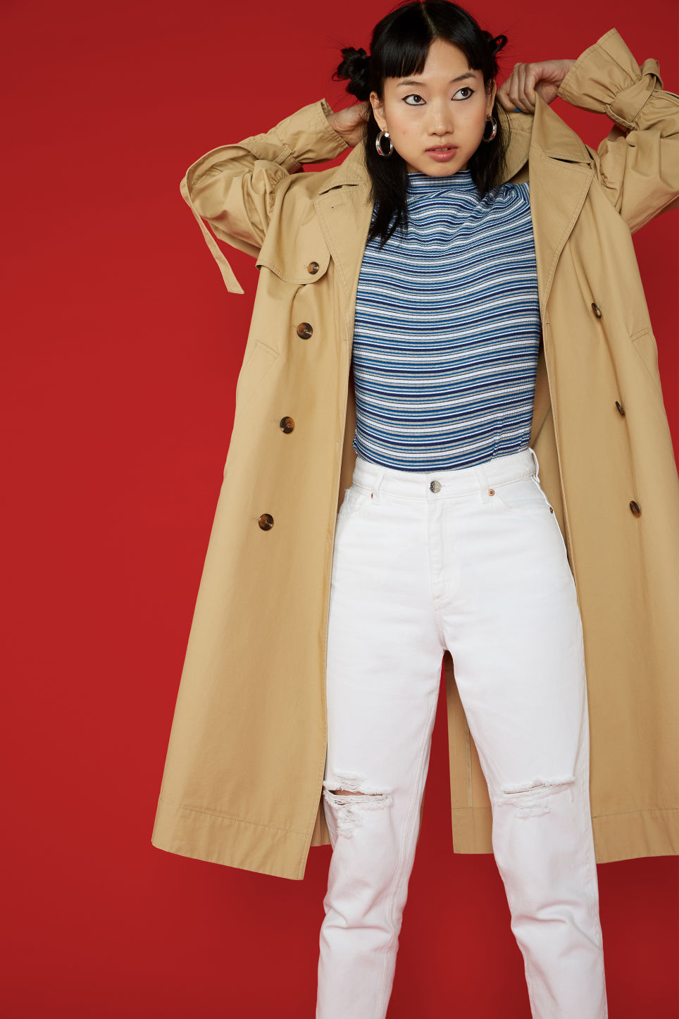 Detailed image of Monki classic trench coat in beige