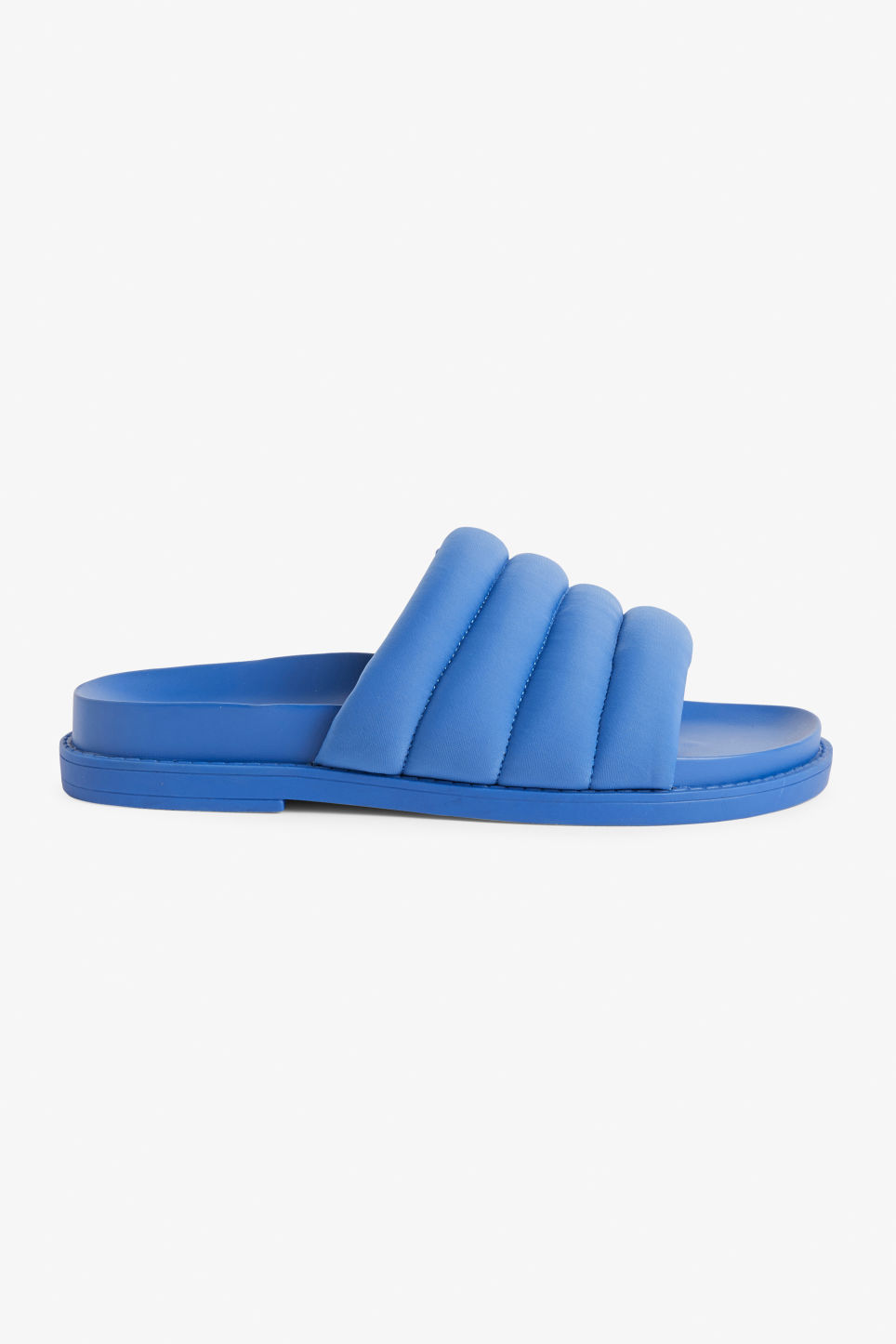 Detailed image of Monki padded beach sandals in blue