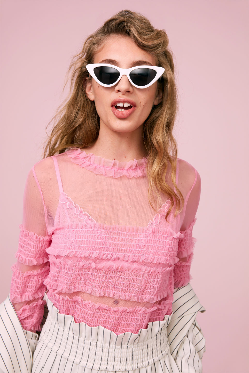 Detailed image of Monki ruffled top in pink