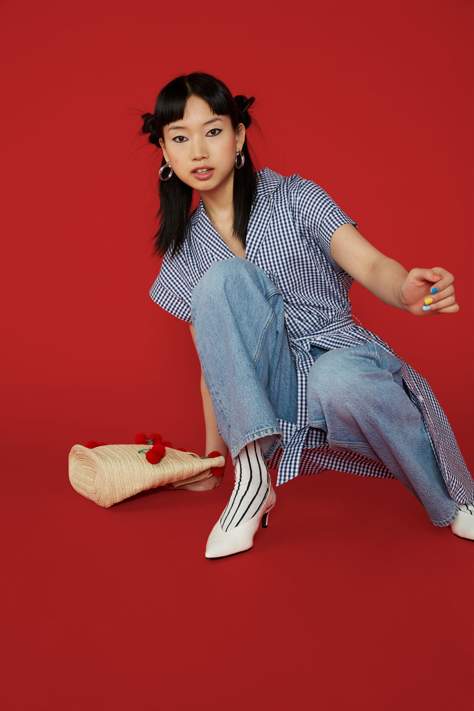 Detailed image of Monki short-sleeved shirt dress in blue