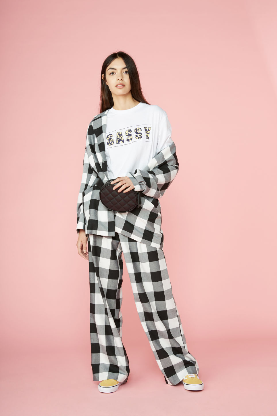 Detailed image of Monki long wide trousers in black