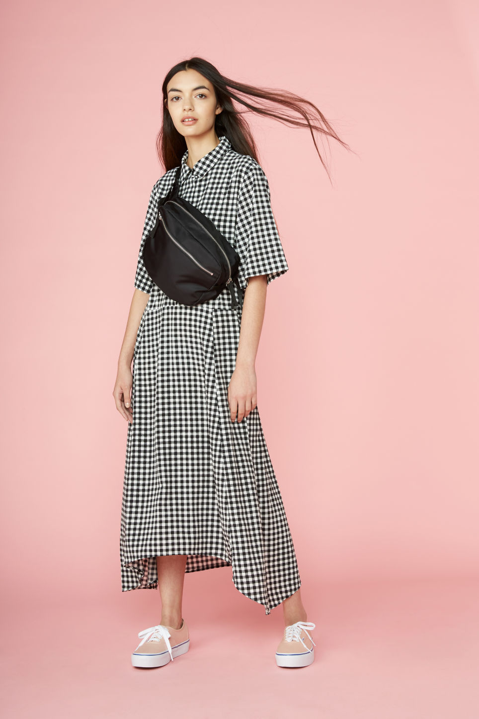 Detailed image of Monki maxi dress in black