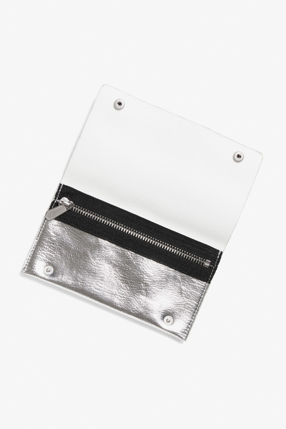 Detailed image of Monki wallet with belt loop in silver