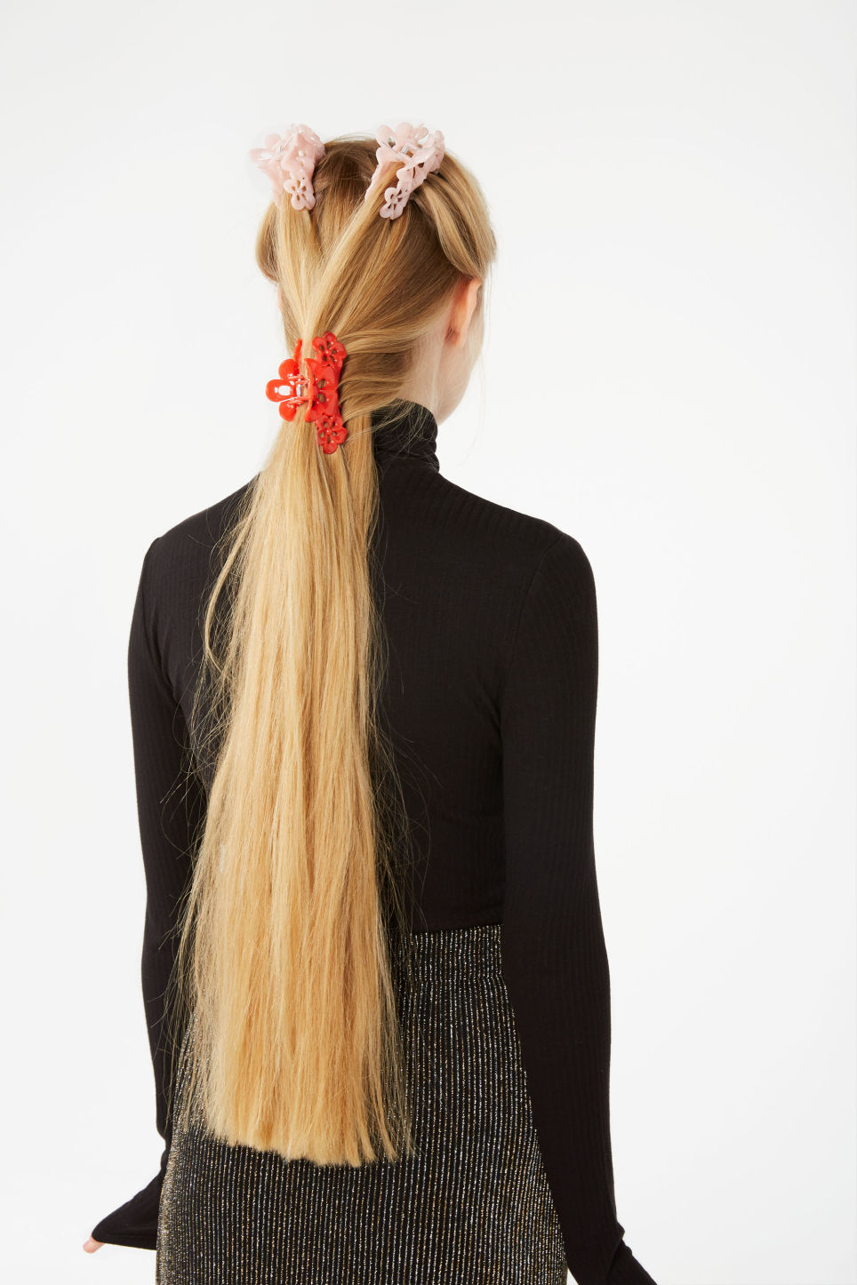 Detailed image of Monki monki hair clip in red