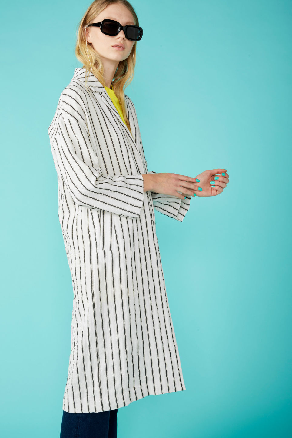 Detailed image of Monki long blazer coat in white